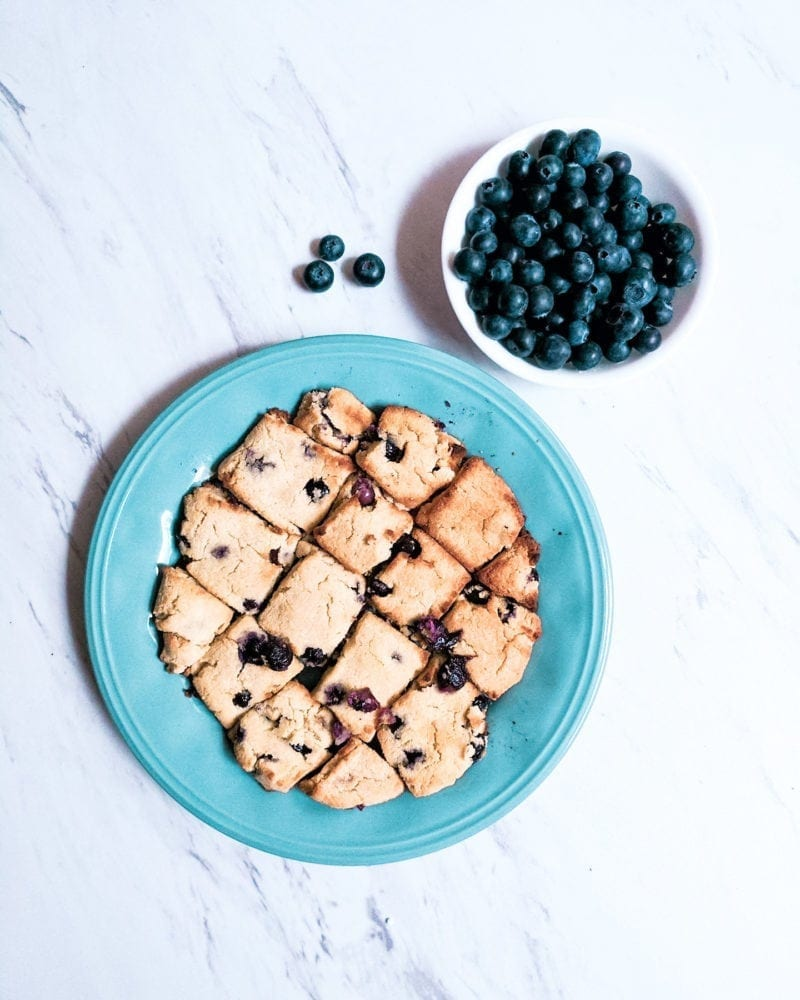 THE MOST DELICIOUS, LOW CARB BLUEBERRY SCONES