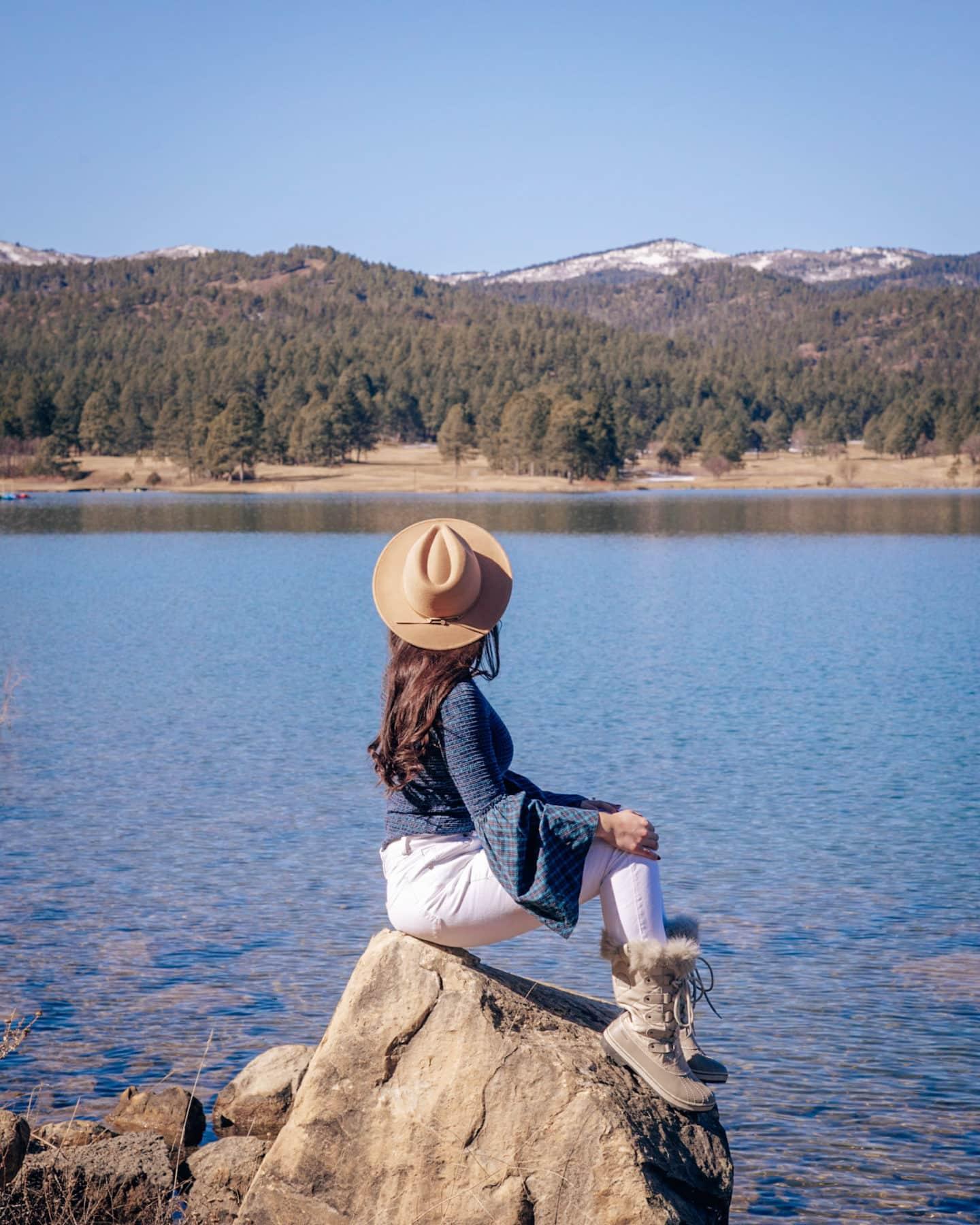 lake at inn of the mountain gods